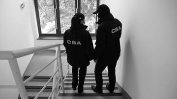 CBA zatrzymało cztery osoby, dwie z kierownictwa Świętokrzyskiego Zarządu Dróg Wojewódzkich
