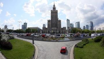 """""""Miasto nie czekało na naszą odpowiedź"""" - ministerstwo o reprywatyzacji na pl. Defilad"""