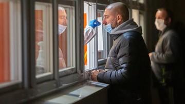 Wielka Brytania wprowadza szybkie testy na koronawirusa. Wynik w 20 sekund