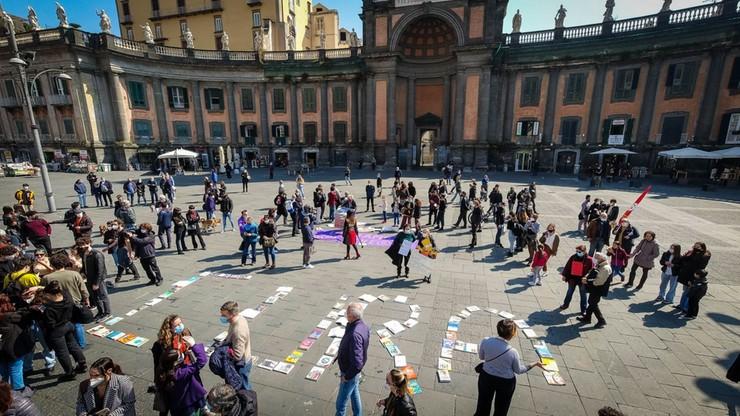 Protesty uczniów w całych Włoszech: otwórzcie szkoły