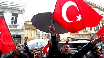 Turcja zawiesiła kontakty dyplomatyczne z Holandią