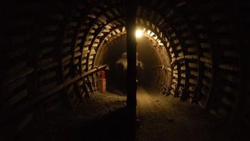 Wypadek w kopalni złota w RPA. Uwięzionych około 35 osób