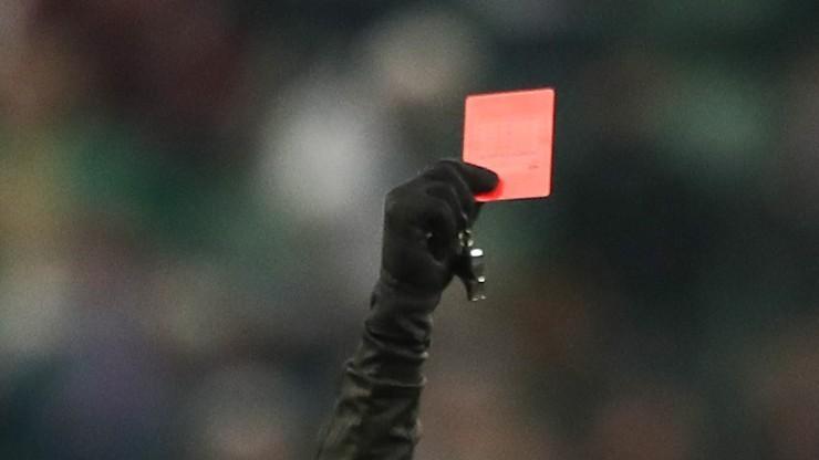 Włoski sędzia piłkarski dostał... zakaz stadionowy