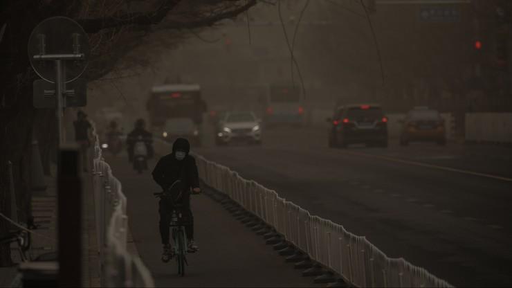 Burza piaskowa w Pekinie. Największa od 10 lat