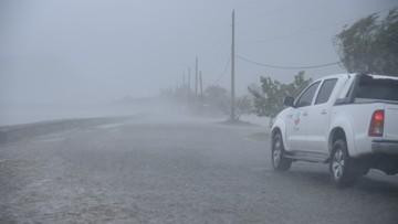 Irma pustoszy brytyjskie wyspy Turks i Caicos. Podąża w kierunku Florydy