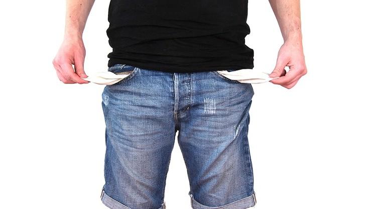 Maleje liczba kredytów frankowych, ale rośnie zadłużenie Polaków
