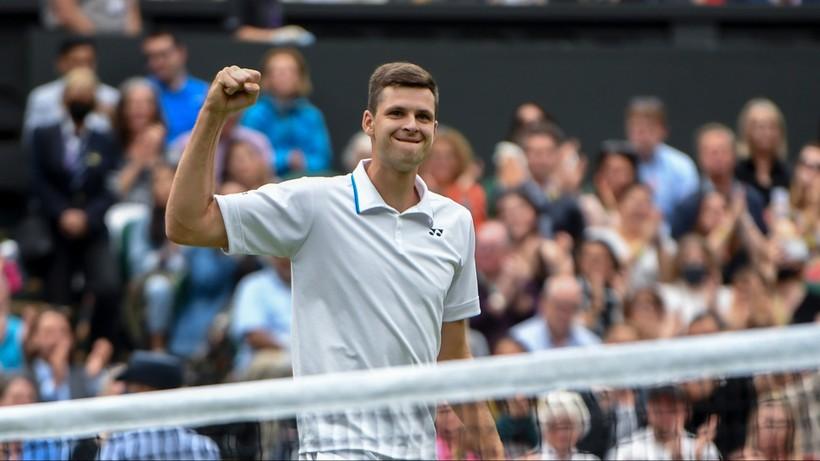 Wimbledon: Hubert Hurkacz wygrał z Rogerem Federerem! Cudowny mecz Polaka