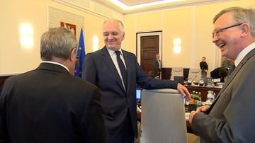 """""""Nie mamy żadnych córek leśniczego dzisiaj?"""" - pyta Gliński przed posiedzeniem rządu"""