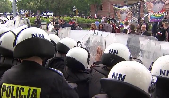 Radna PiS z zarzutami ws. udziału w kontrmanifestacji do Marszu Równości