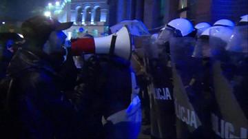 Awantura po proteście w Poznaniu. Pięciu policjantów jest rannych