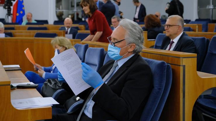 Wybory prezydenckie. Senackie komisje poparły większość poprawek do ustawy