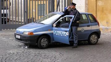 Nepalczyk dźgnął Polaka w gardło w centrum Genui. Ofiara zawdzięcza życie Marokańczykowi