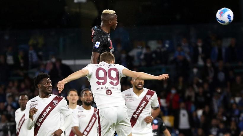 Wygrana Napoli po kolejnym golu Osimhena (WIDEO)