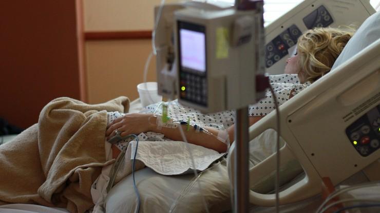 Naukowcy alarmują. Brazylijski wariant koronawirusa może zakażać ozdrowieńców