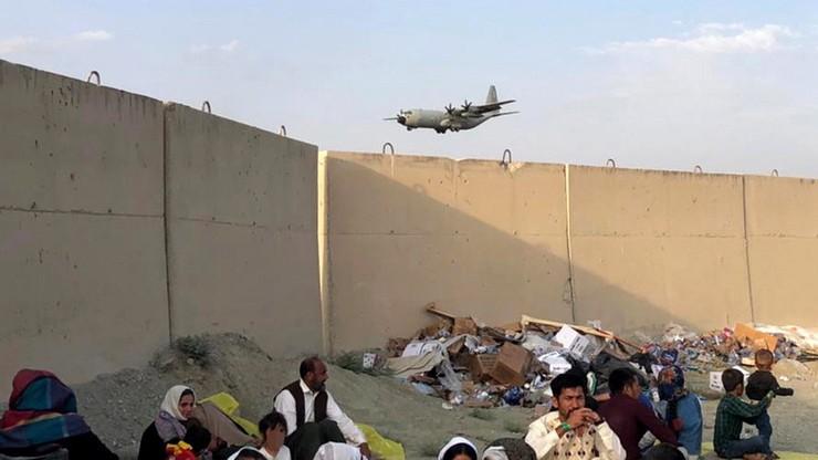 Afganistan. USA tworzą w bazach w Niemczech schronienia dla ewakuowanych