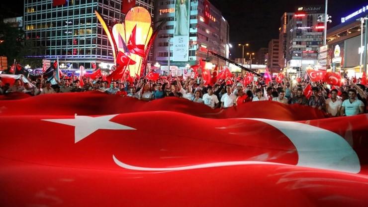 Turcja: kolejne zatrzymania w związku z udaremnionym zamachem stanu