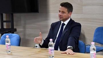 Trwa zbiórka podpisów pod kandydaturą Trzaskowskiego? Zawiadomienie do prokuratury