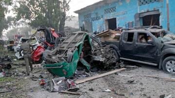 Eksplozja dwóch samochodów w Mogadiszu. Co najmniej 23 zabitych
