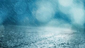 Intensywne deszcze w Polsce. IMGW ostrzega
