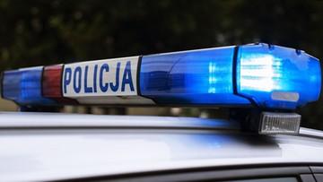 """Uruchomił """"koguta"""" i udawał policjanta w radiowozie. Do kontroli zatrzymał prawdziwych kryminalnych"""