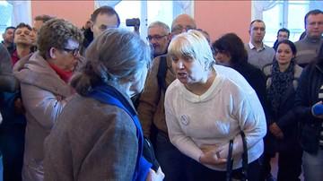 """""""Hańba!"""", """"To nie jest miejsce na wiec wyborczy!"""" - awantura na spotkaniu z udziałem Anny Marii Anders w Suwałkach"""