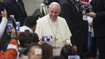 Franciszek apeluje o łatwiejszy dostęp do terapii chorych na AIDS