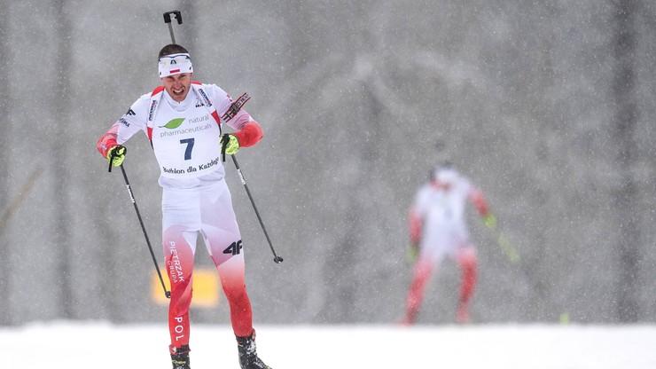 PŚ w biathlonie: Francuzi najlepsi w supermikście, Polacy zdublowani