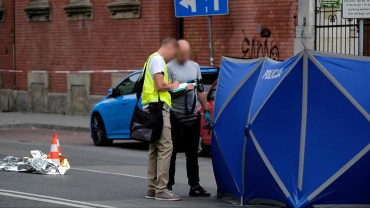 Katowice. Rozległe obrażenia przyczyną śmierci 19-latki przejechanej przez autobus