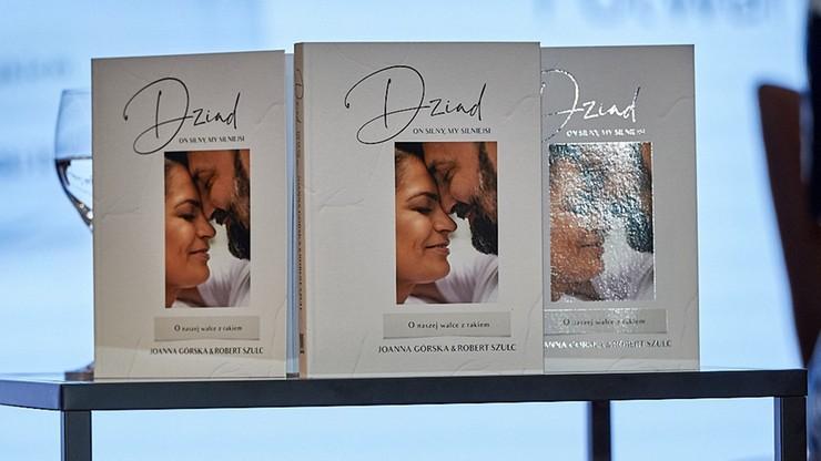"""""""Dziad. On silny, my silniejsi"""". Dziennikarka Polsat News i jej partner o walce z nowotworem"""