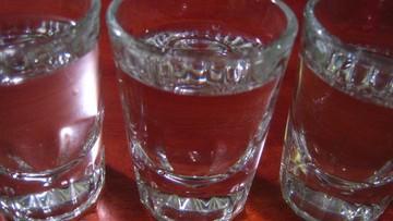 Zatruli się wódką - 11 osób nie żyje, ponad 300 w szpitalach