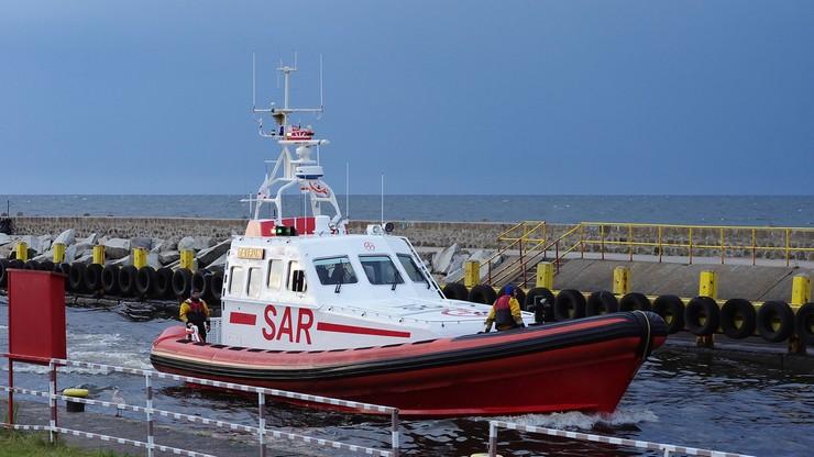 Odnaleziono zatopiony na Bałtyku kuter. Wydobyto ciało jednego z rybaków