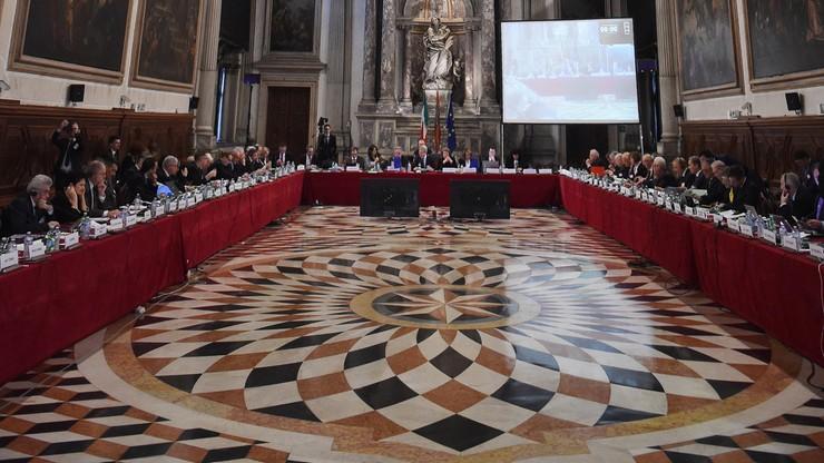 Komisja Wenecka: osłabienie TK podważy demokrację, prawa człowieka i rządy prawa