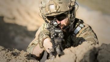 Żołnierze NATO oskarżeni o rasizm wymuszenia i napaść seksualną