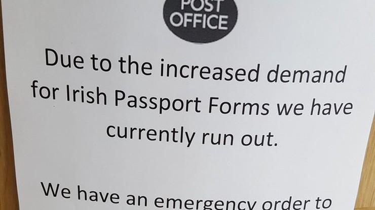 W Belfaście zabrakło formularzy paszportowych. Irlandczycy z północy przenoszą się na południe