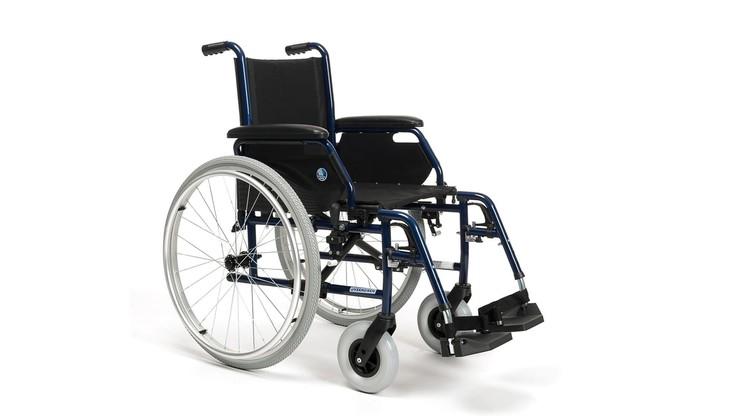 Warszawa. Skradziono wózek niepełnosprawnemu 26-latkowi. Policjanci apelują o pomoc