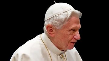 Watykan dementuje informacje o postępującym paraliżu Benedykta XVI