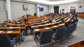 Ustawa o rekompensatach za stan wyjątkowy. Senat proponuje rozszerzenia grupy beneficjentów