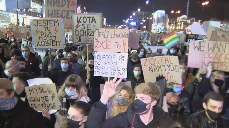 Strajki Kobiet. Jadwiga Emilewicz zdradza, jak zareagował prezes PiS