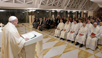 Papież wydalił ze stanu kapłańskiego dwóch biskupów z Chile