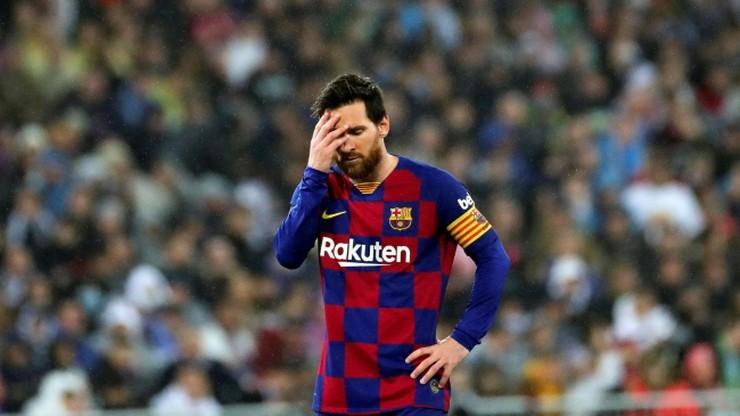 """Wymowne słowa Quique Setiena o Leo Messim. """"Trudniej jest zapanować nad pozapiłkarską stroną zawodnika"""""""