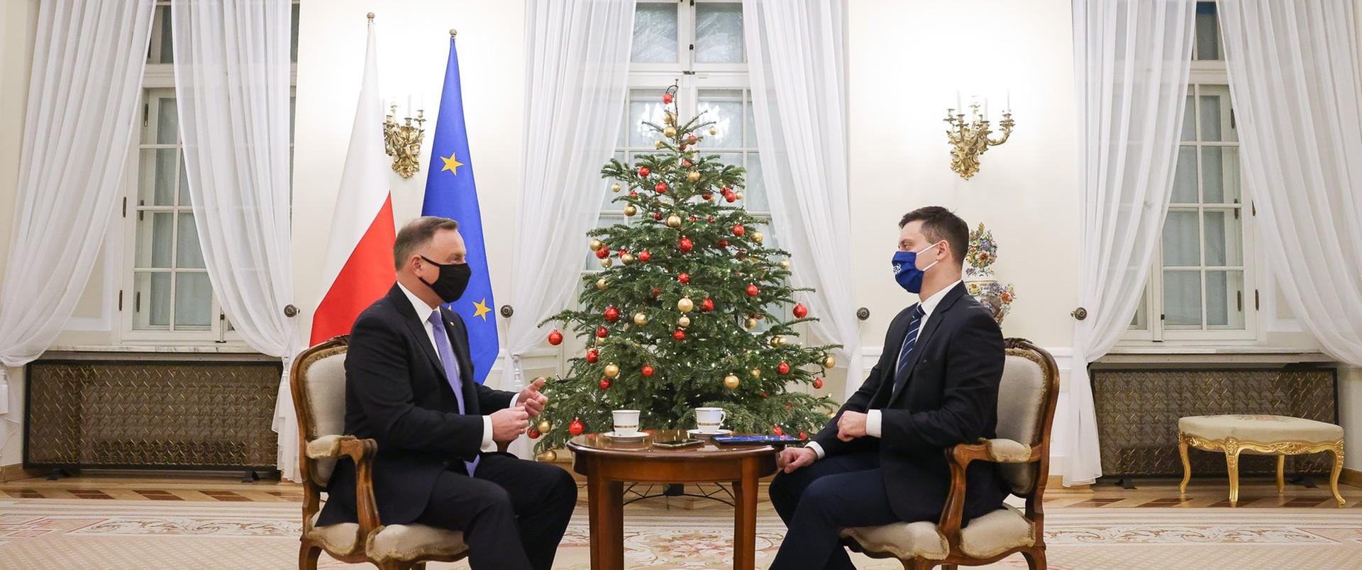 Andrzej Duda: Nie wyobrażam sobie, żebym został zaszczepiony przed moimi rodzicami