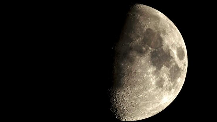 Chińczycy wyślą lądownik na niewidoczną z Ziemi półkulę Księżyca