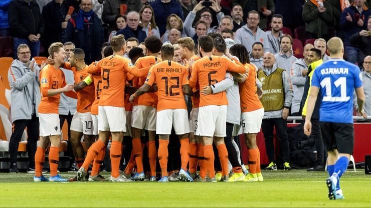 Euro 2020: Gwiazda reprezentacji Holandii zakażona koronawirusem