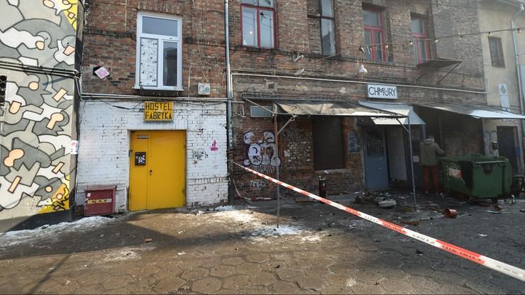 """Zarzuty dla dwóch mężczyzn po zdemolowaniu warszawskiego klubu """"Chmury"""""""