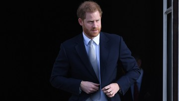 """""""Wielki smutek"""" księcia Harry'ego. Przyznał, że nie na takie porozumienie z królową liczył"""