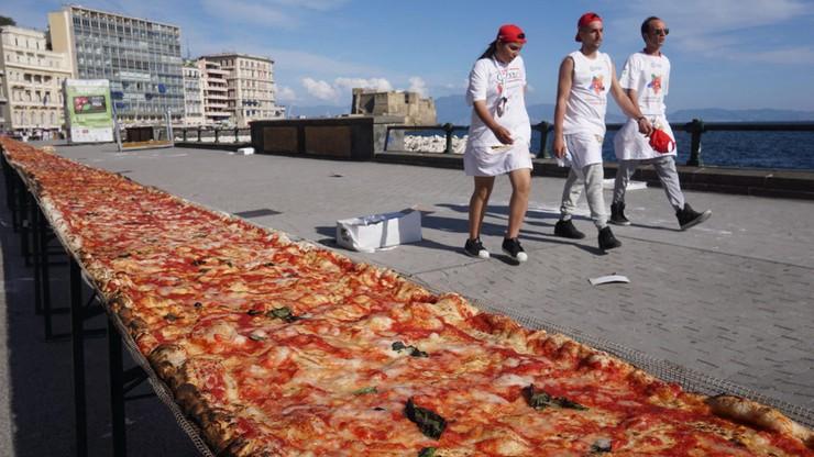 Oto najdłuższa pizza na świecie. Ma prawie 2 kilometry