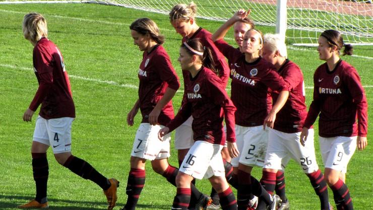 Piłkarze Sparty Praga za karę trenują z... kobietami