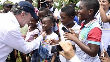 """""""Pieniądze z Nobla oddam ofiarom konfliktu"""" - prezydent Kolumbii"""