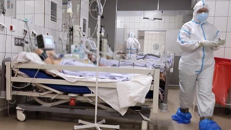 50 tysięcy nowych zakażeń dziennie? Modele rozwoju pandemii w Polsce