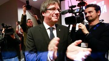 Hiszpański sąd wycofał nakaz aresztowania zdymisjonowanego premiera Katalonii. Ale postępowanie trwa